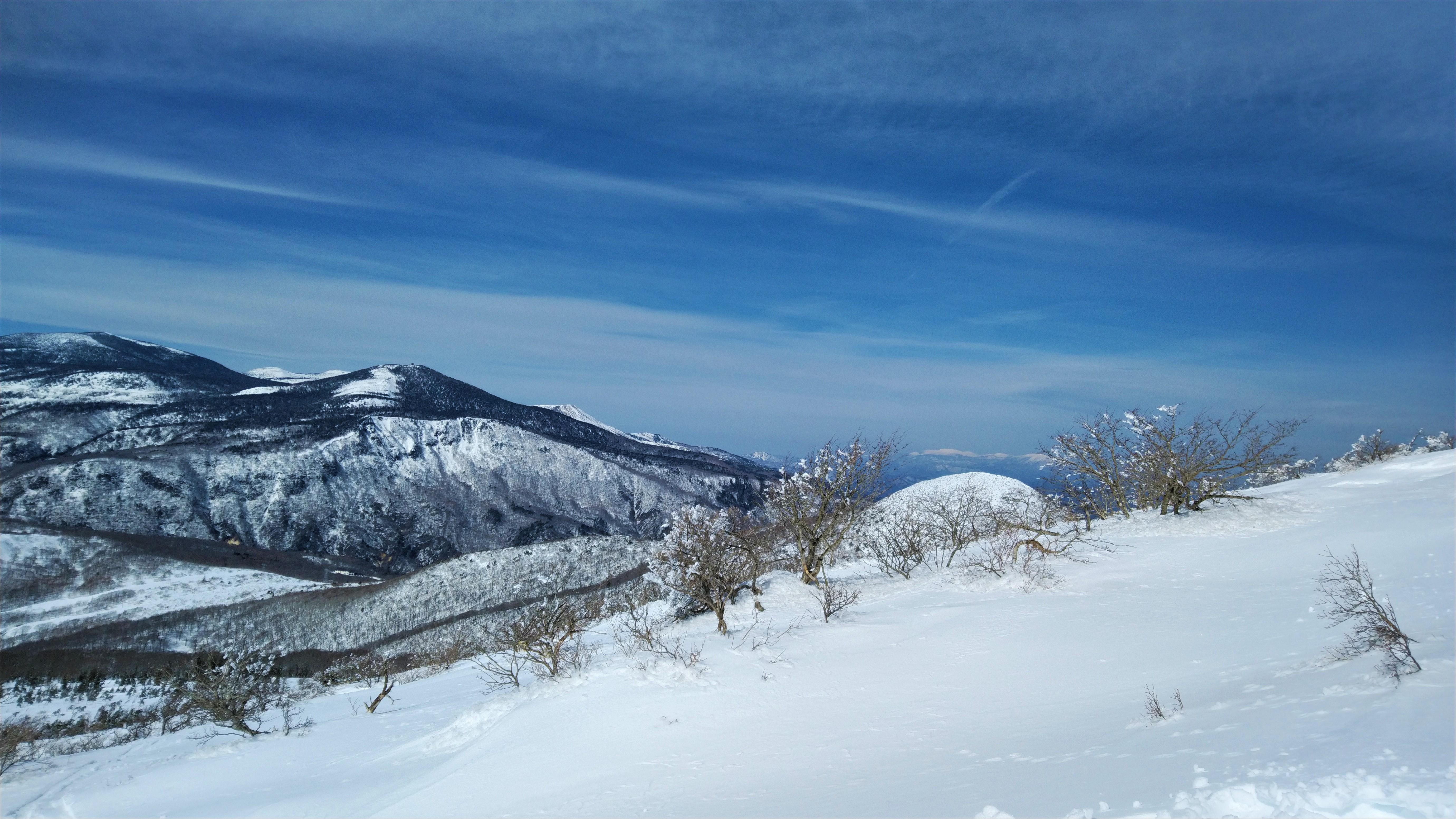 千葉県 東京 天然石 ルース 販売 雪山の写真で涼んでね。