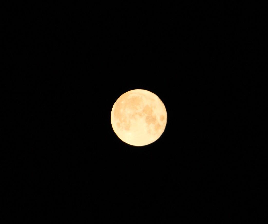 千葉県東京パワーストーンで十五夜満月を激写 Aさんありがと。